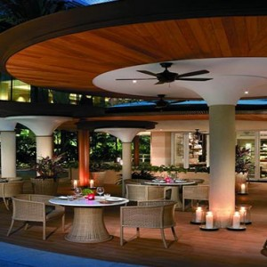Shangri la Singapore - Luxury Singapore Honeymoon Packages - Dining