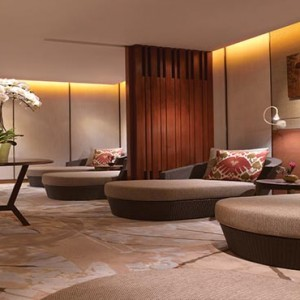 Shangri la Singapore - Luxury Singapore Honeymoon Packages - Spa relaxation lounge