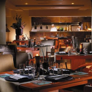 Singapore Honeymoon Packages Four Seasons Singapore One Ninety Restaurant