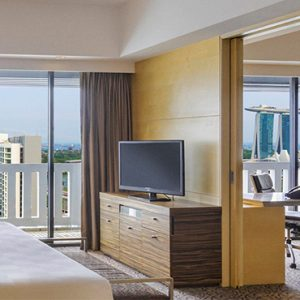 Singapore Honeymoon Packages PARKROYAL On Marina Bay Marina Bay Suite Bedroom