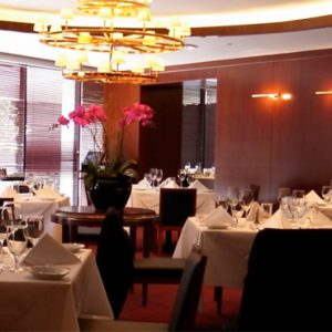 Singapore Honeymoon Packages PARKROYAL On Marina Bay Ruths Chris Steakhouse