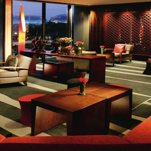 Singapore Honeymoon Packages Mandarin Oriental Axis Bar And Lounge