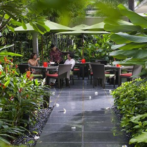 Singapore Honeymoon Packages Mandarin Oriental Melt Cafe