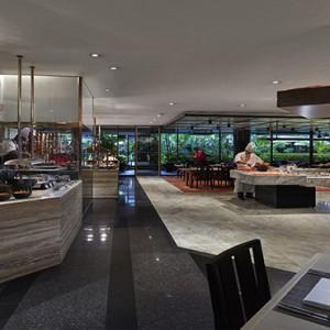 Singapore Honeymoon Packages Mandarin Oriental Melt Cafe1