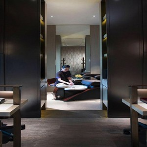 Singapore Honeymoon Packages Mandarin Oriental Spa Manicure Room