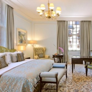 Taj Cape Town - Luxury South Africa Honeymoon Packages - Luxury Heritage rooms with City Views