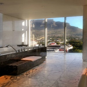 Taj Cape Town - Luxury South Africa Honeymoon Packages - Presidential Suite bathroom