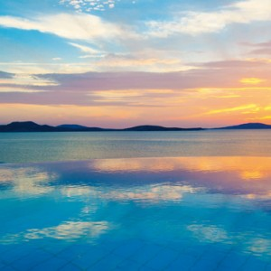 sunset 2 - Mykonos Grand Hotel and Resort - luxury Greece honeymoon Packages