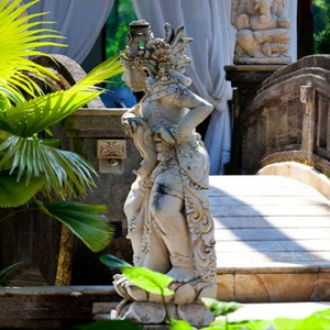 Bali Honeymoon Packages Viceroy Bali Lush Gardens