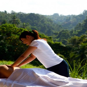 Bali Honeymoon Packages Viceroy Bali Outdoor Spa Massage