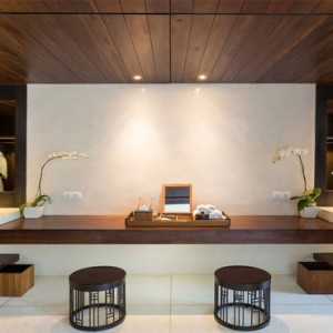 Bali Honeymoon Packages Alila Seminyak Deluxe Suite Bathroom