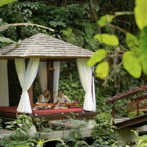 Bali Honeymoon Packages Hanging Gardens Of Bali Dining By Ayung River