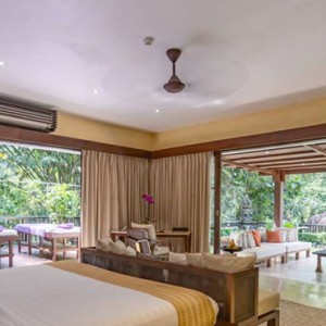 Bali Honeymoon Packages Hanging Gardens Of Bali Majestic Suite Bedroom1