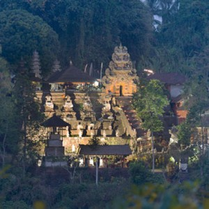 Bali Honeymoon Packages Hanging Gardens Of Bali Temple View