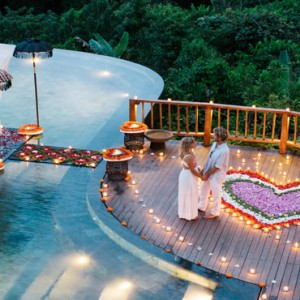 Bali Honeymoon Packages Hanging Gardens Of Bali Romantic Private Dining On The Infinity Pool