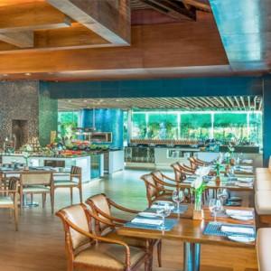 Bali Honeymoon Packages The Laguna Bali Banyubiru Restaurant Interior