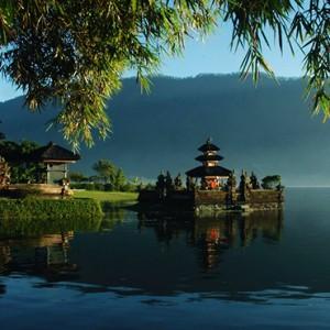Bali Honeymoon Packages The Laguna Bali Ulun Danu Temple Bali Attraction