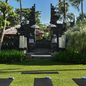Bali Honeymoon Packages The Laguna Bali Yoga At Garden Temple