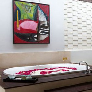 Bali Honeymoon Packages The Samaya Ubud Bathroom1