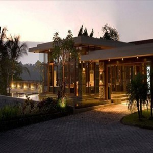 Bali Honeymoon Packages The Samaya Ubud Hotel Entrance