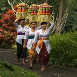 Bali Honeymoon Packages The Samaya Ubud Market Stall
