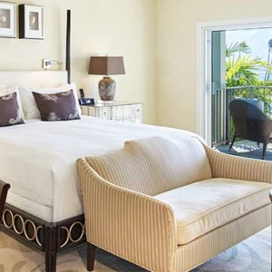 Beachfront Lanai - Kahala Hotel and Resort Hawaii - Luxury Hawaii Honeymoon Packages