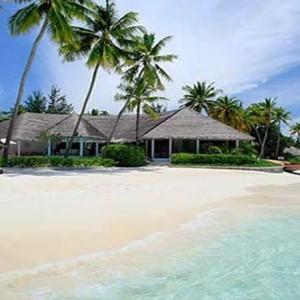 Centara Grand Island Resort & Spa - Luxury Maldives Honeymoon Packages - Beach