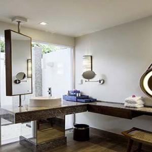 Centara Grand Island Resort & Spa - Luxury Maldives Honeymoon Packages - Beach Suite bathroom