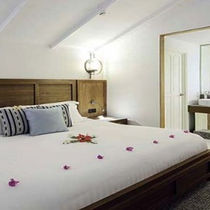 Centara Grand Island Resort & Spa - Luxury Maldives Honeymoon Packages - Beach Suite interior