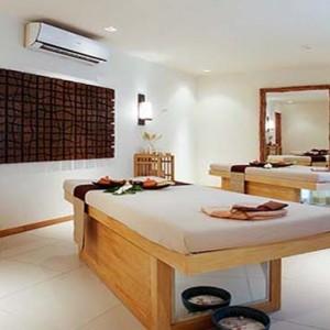 Centara Grand Island Resort & Spa - Luxury Maldives Honeymoon Packages - Interior spa treatment room