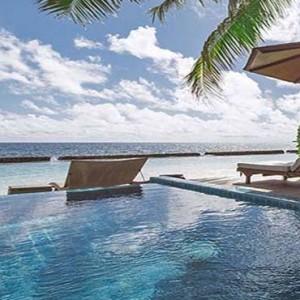 Centara Grand Island Resort & Spa - Luxury Maldives Honeymoon Packages - Luxury Beachfront Pool Villa 1 Bedroom pool