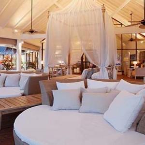 Centara Grand Island Resort & Spa - Luxury Maldives Honeymoon Packages - The Club