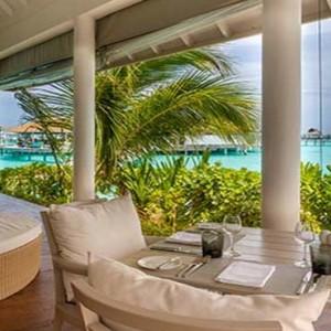 Centara Grand Island Resort & Spa - Luxury Maldives Honeymoon Packages - The Club dining