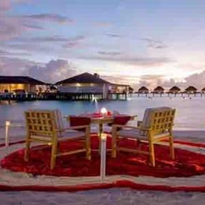 Centara Grand Island Resort & Spa - Luxury Maldives Honeymoon Packages - private beachside dining