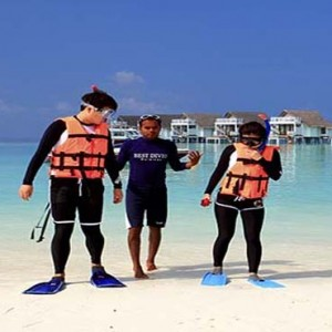 Centara Grand Island Resort & Spa - Luxury Maldives Honeymoon Packages - watersport activities3