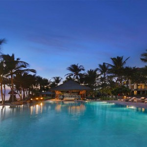 Legian Bali Seminyak - Luxury Bali Honeymoon Packages - Resort at night