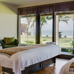 Legian Bali Seminyak - Luxury Bali Honeymoon Packages - Spa treatment room