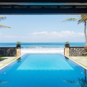 Legian Bali Seminyak - Luxury Bali Honeymoon Packages - The beach house pool