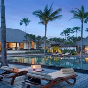 Legian Bali Seminyak - Luxury Bali Honeymoon Packages - The club