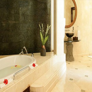 Luxury Bali Honeymoon Packages Viceroy Bali Viceroy Villa Bathroom