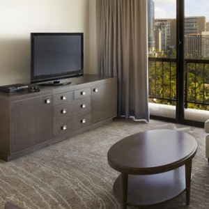 Ali i One Bedroom Suite - Hilton Hawaiian Waikiki Beach - Luxury Hawaii Honeymoon Packages