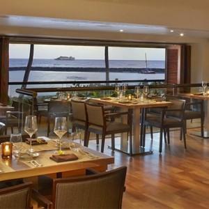 Bali Steak and Seafood - Hilton Hawaiian Waikiki Beach - Luxury Hawaii Honeymoon Packages
