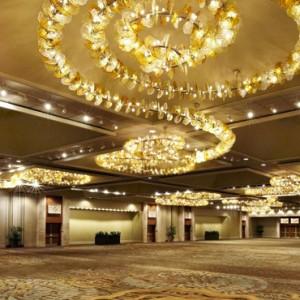 Ballroom - Hilton Hawaiian Waikiki Beach - Luxury Hawaii Honeymoon Packages