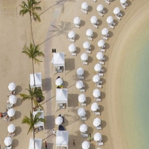 Beach 2 - Hilton Hawaiian Waikiki Beach - Luxury Hawaii Honeymoon Packages