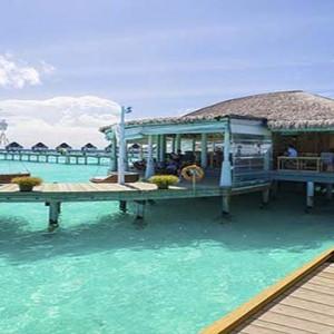 Centara Grand Island Resort & Spa - Luxury Maldives Honeymoon Packages - Restaurant1