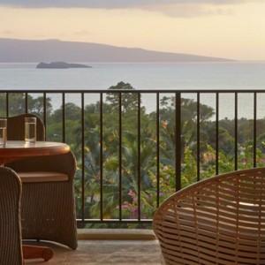 Dining 3 - hotel wailea maui - luxury hawaii honeymoon packages