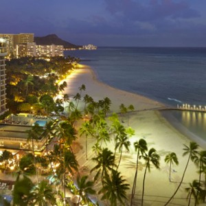 Exterior 2 - Hilton Hawaiian Waikiki Beach - Luxury Hawaii Honeymoon Packages