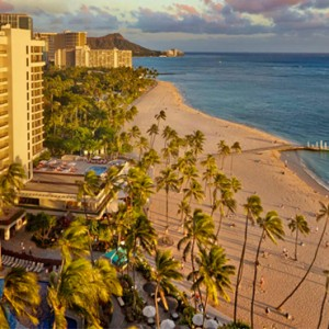 Exterior 7 - Hilton Hawaiian Waikiki Beach - Luxury Hawaii Honeymoon Packages