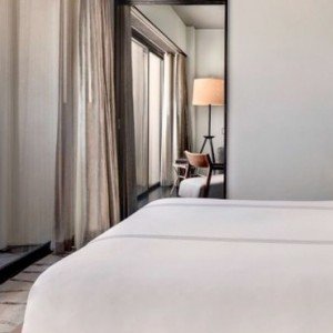 King suite - SIXTY Beverly Hills - luxury los angeles honeymoon packages
