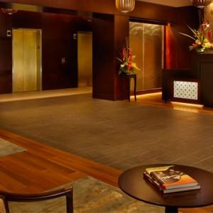 Lobby 3 - Hilton Hawaiian Waikiki Beach - Luxury Hawaii Honeymoon Packages